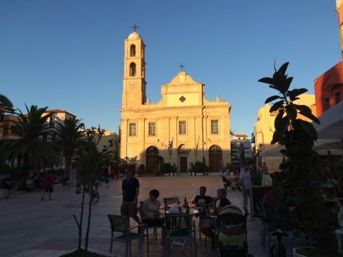 20140623-Biserică în Chania